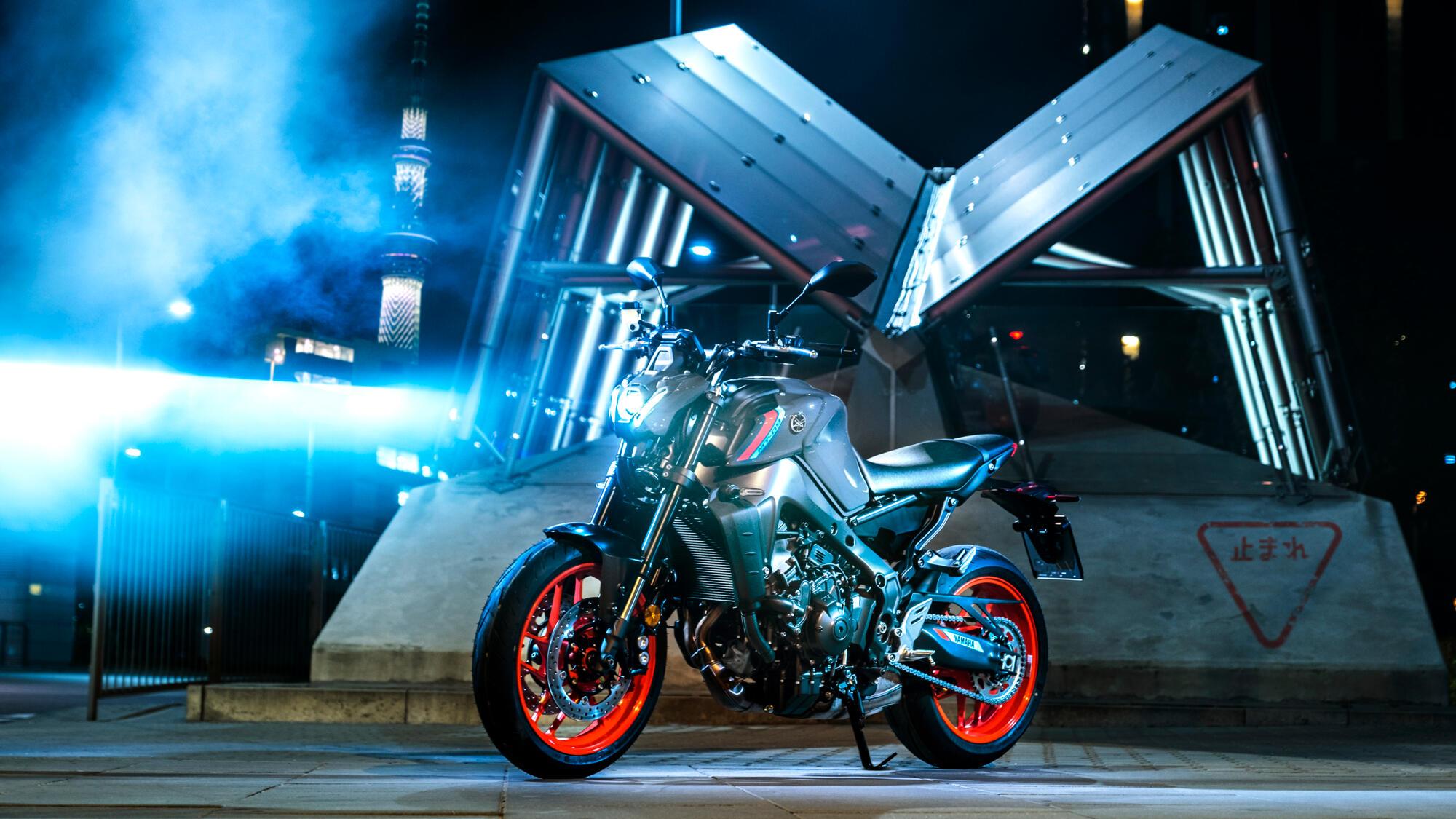 2021 Yamaha MT09 EU5 Storm Fluo